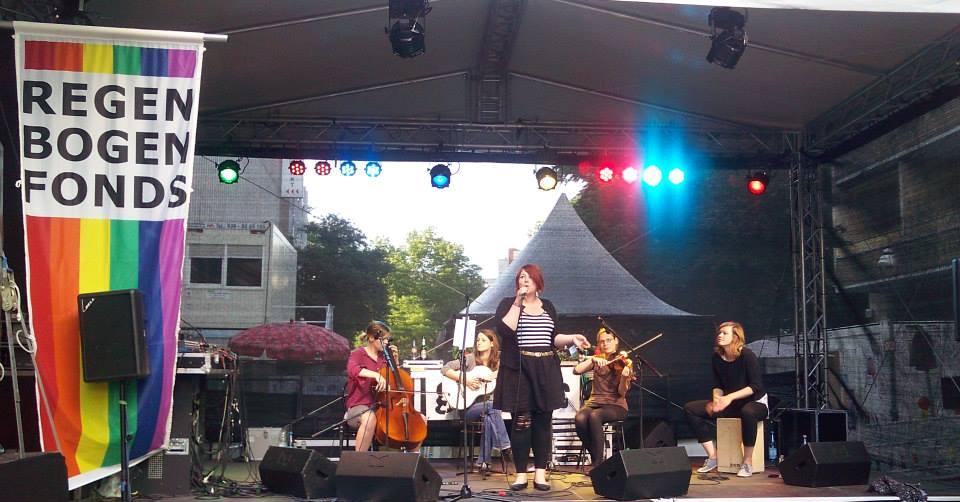 Magda Albrecht mit ihrer Band Totall Stressed.